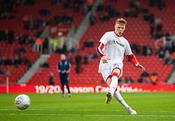 STOKE-ON-TRENT, ENGLAND - Saturday, January 25, 2020: Stoke City's Sam Clucas during the pre-match warm-up before the Football League Championship match between Stoke City FC and Swansea City FC at the Britannia Stadium. (Pic by David Rawcliffe/Propaganda)