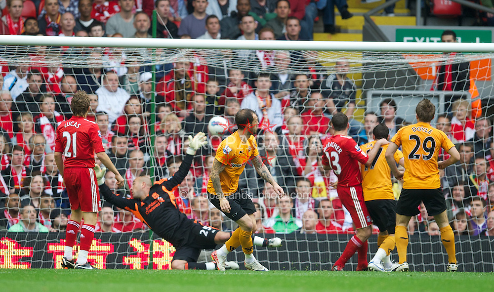 LIVERPOOL, ENGLAND - Saturday, September 24, 2011: Wolverhampton Wanderers' Steven Fletcher beats Liverpool's goalkeeper Jose Reina to scores his side's first goal during the Premiership match at Anfield. (Pic by David Rawcliffe/Propaganda)