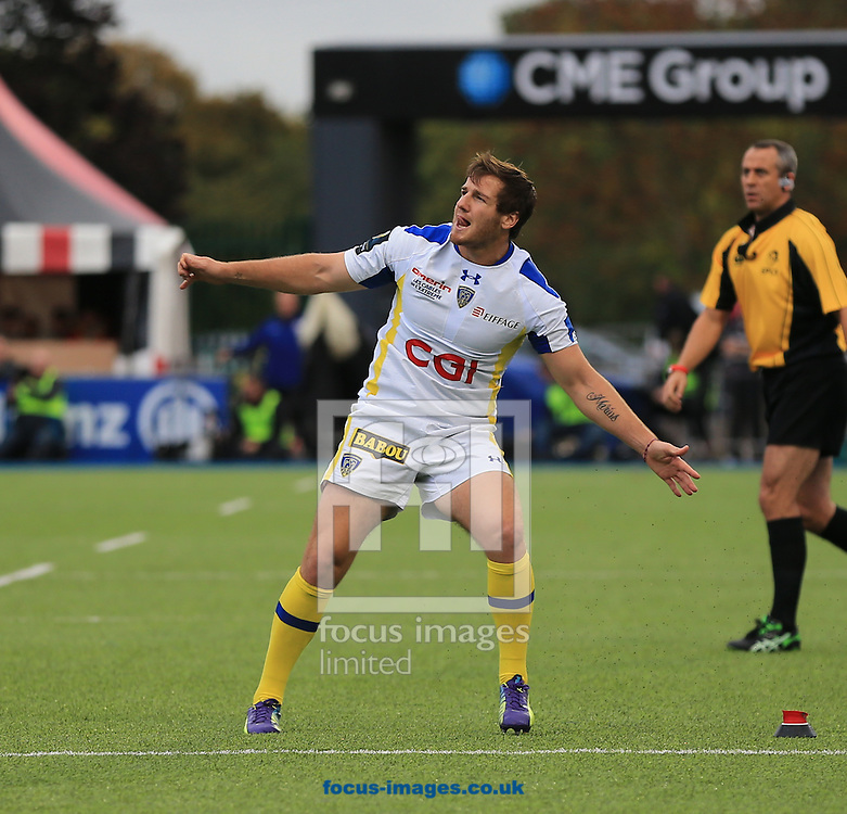 Camille Lopez of Clermont Auvergne watches his kick during the European Rugby Champions Cup match at Allianz Park, London<br /> Picture by Michael Whitefoot/Focus Images Ltd 07969 898192<br /> 18/10/2014