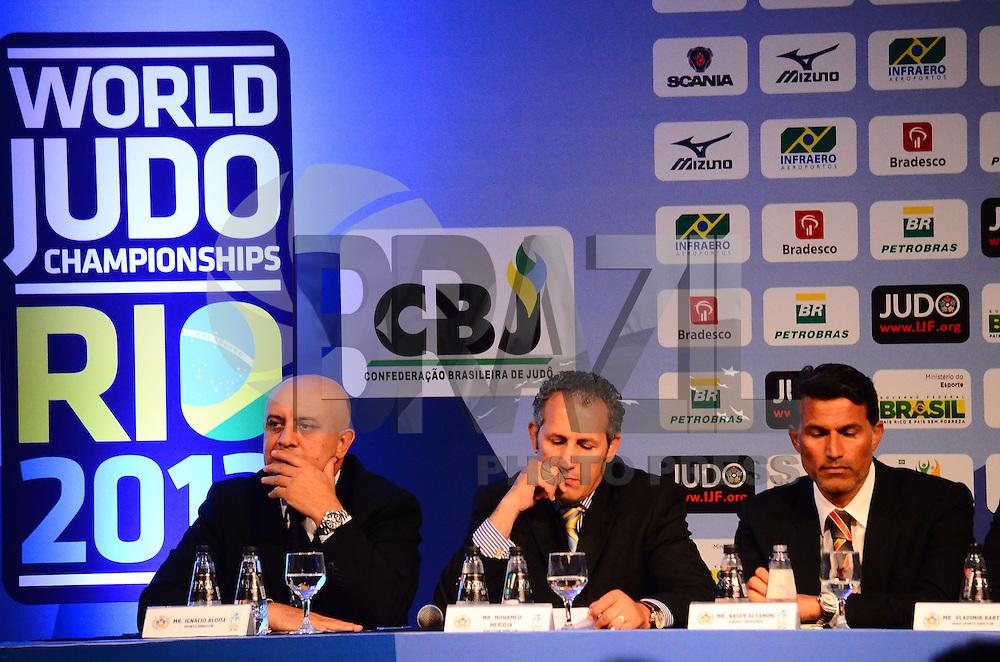RIO DE JANEIRO, RJ,25 DE AGOSTO DE 2013 -COLETIVA/MUNIDIAL DE JUDÔ RIO 2013- na coletiva de imprensa e o sorteio das chaves para o Mundial de Judô Rio 2013 que acontecerá no Maracanazinho de 26 de agosto a 01 de setembro, em São Conrado, zona sul do Rio de Janeiro.FOTO:MARCELO FONSECA/BRAZIL PHOTO PRESS