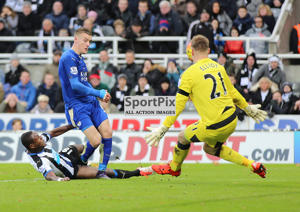 Newcastle United v Leicester City English Premiership 21 November 2015; Jamie Vardy (Leicester City, 9) misses another chance during the Newcastle v Leicester City English Premiership match played at St. James' Park, Newcastle; <br /> <br /> &copy; Chris McCluskie | SportPix.org.uk