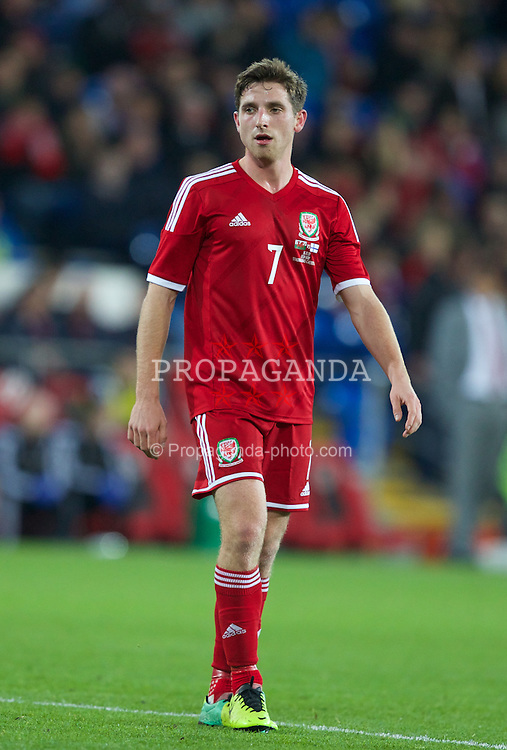CARDIFF, WALES - Saturday, November 16, 2013: Wales' Joe Allen in action against Finland during an International Friendly match at the Cardiff City Stadium. (Pic by Kieran McManus/Propaganda)