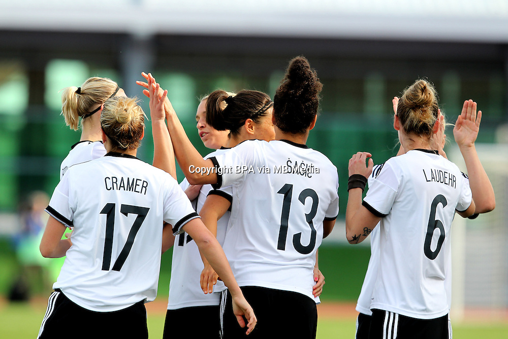 Fifa Womans World Cup Canada 2015 - Preview //<br /> Algarve Cup 2015 Tournament ( Vila Real San Antonio Sport Complex - Portugal ) - <br /> Germany vs Sweden 2-4   -  Simone Laudehr of Germany , celebrates with team mates after his goal (2-0)