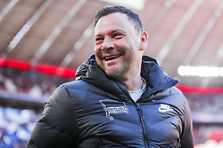 23.02.2019, Allianz Arena, Muenchen, GER, 1. FBL, FC Bayern Muenchen vs Hertha BSC, 23. Runde, im Bild Trainer Pal Dardai (Hertha BSC Berlin) lachend // during the German Bundesliga 23th round match between FC Bayern Muenchen and Hertha BSC at the Allianz Arena in Muenchen, Germany on 2019/02/23. EXPA Pictures &copy; 2019, PhotoCredit: EXPA/ Eibner-Pressefoto/ Tom Weller<br /> <br /> *****ATTENTION - OUT of GER*****