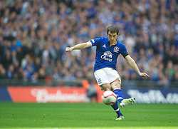LONDON, ENGLAND - Saturday, April 14, 2012: Everton's Leighton Baines in action against Liverpool during the FA Cup Semi-Final match at Wembley. (Pic by David Rawcliffe/Propaganda)
