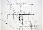 Nederland, Bemmel, 20-4-2011Hoogspanningsmasten met stroomkabels.Foto: Flip Franssen/Hollandse Hoogte