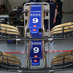 The front wings of Marcus Ericsson's Sauber F1 car.<br /> Day 1 of the 2017 Formula 1 Singapore airlines, Singapore Grand Prix, held at The Marina Bay street circuit, Singapore on the 14th September 2017.<br /> Wayne Neal | SportPix.org.uk