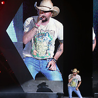 Country music star Jason Aldean gets his concert going Friday night at the BancorpSouth Arena.