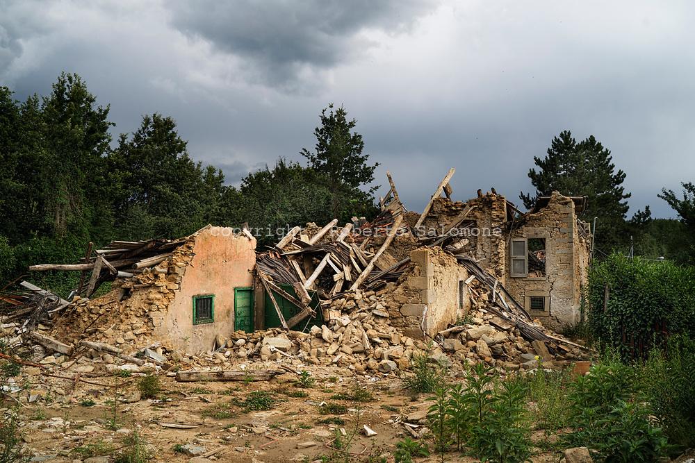 Collepagliuca, Italia - Case distrutte dal terremoto a Collepagliuca.<br /> Ph. Roberto Salomone