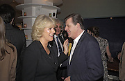 Camilla Parker Bowles and Simon Elliot, Tom Parker Bowles, Susan Hill and Matthew Rice host party to launch 'E is For Eating' Kensington Place. 3 November 2004.  ONE TIME USE ONLY - DO NOT ARCHIVE  © Copyright Photograph by Dafydd Jones 66 Stockwell Park Rd. London SW9 0DA Tel 020 7733 0108 www.dafjones.com