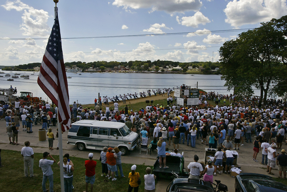 Great River Tug-Fest, Iowa vs. Illinois, 2004.