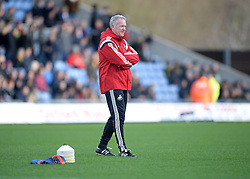 Swansea City Manager Alan Curtis watches on as his team warm up. - Mandatory byline: Alex James/JMP - 10/01/2016 - FOOTBALL - Kassam Stadium - Oxford, England - Oxford United v Swansea City - FA Cup Third Round