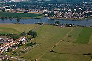 Nederland, Zuid-Holland, Vianen, 08-07-2010; Lek met uiterwaarden, (Mijnsheerenwaard) rioolwaterzuivering in de Pontswaard. Boven in beeld Nieuwegein. .Floodplains river Lek..luchtfoto (toeslag), aerial photo (additional fee required).foto/photo Siebe Swart