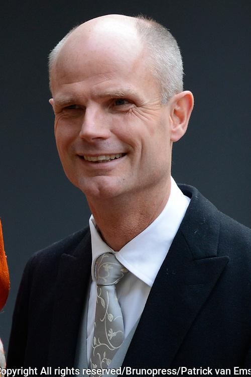 Prinsjesdag 2013 - Aankomst Parlementari&euml;rs bij de Ridderzaal op het Binnenhof.<br /> <br /> Op de foto: Stef Blok - Minister voor Wonen en Rijksdienst