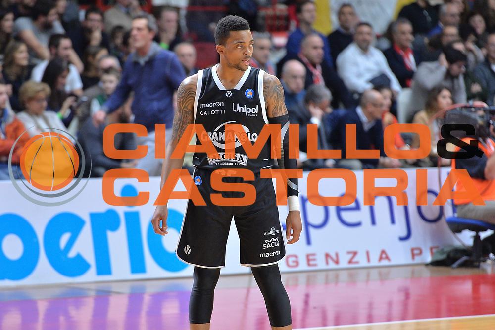 DESCRIZIONE : Varese Lega A 2014-15 Openjobmetis Varese vs Granarolo Bologna<br /> GIOCATORE : Ray Allan<br /> CATEGORIA : Ritratto<br /> SQUADRA : Granarolo Bologna<br /> EVENTO : Campionato Lega A 2014-2015 GARA : Openjobmetis Varese vs Granarolo Bologna<br /> DATA : 14/12/2014 <br /> SPORT : Pallacanestro <br /> AUTORE : Agenzia Ciamillo-Castoria/I.mancini<br /> Galleria : Lega Basket A 2014-2015 <br /> Fotonotizia : Openjobmetis Varese Lega A 2014-15 Openjobmetis Varese vs Granarolo Bologna<br /> Predefinita :