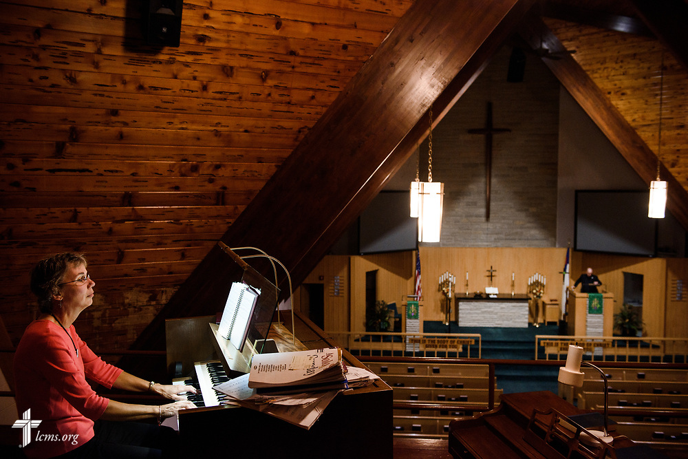 Organist Deb Stuhr prepares for worship on Sunday, Sept. 24, 2017, at Faith Lutheran Church, York, Neb. LCMS Communications/Erik M. Lunsford