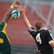 Keny Okafor, South Africa, (left) and Blade Thomson, New Zealand challenge for the ball during the New Zealand V South Africa semi final match at Estadio El Coloso del Parque, Rosario, Argentina, during the IRB Junior World Championships. 17th June 2010. Photo Tim Clayton....