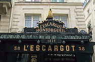 France. Paris. 1st district. snail shop in les halles       /    / L Escargot  / 38, rue Montorgueil 75001 Paris.