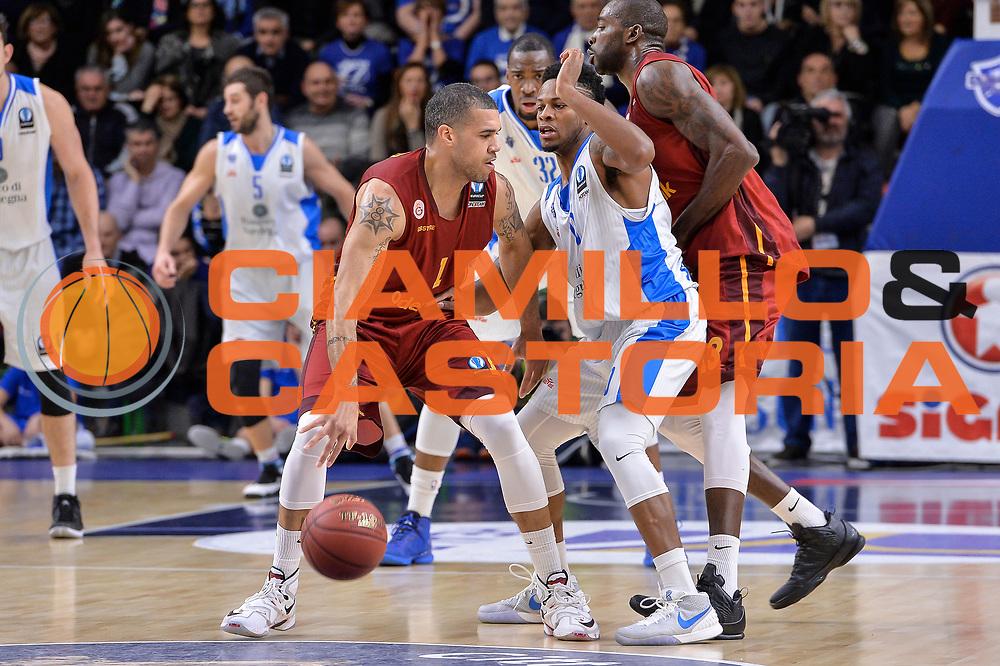 DESCRIZIONE : Eurocup Last 32 Group N Dinamo Banco di Sardegna Sassari - Galatasaray Odeabank Istanbul<br /> GIOCATORE : Blake Schilb<br /> CATEGORIA : Palleggio Controcampo<br /> SQUADRA : Galatasaray Odeabank Istanbul<br /> EVENTO : Eurocup 2015-2016 Last 32<br /> GARA : Dinamo Banco di Sardegna Sassari - Galatasaray Odeabank Istanbul<br /> DATA : 13/01/2016<br /> SPORT : Pallacanestro <br /> AUTORE : Agenzia Ciamillo-Castoria/L.Canu