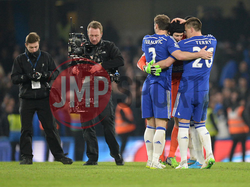 Chelsea's Branislav Ivanovic celebrates with Chelsea's John Terry and Chelsea's Petr Cech at the final whistle. - Photo mandatory by-line: Alex James/JMP - Mobile: 07966 386802 - 11/02/2015 - SPORT - Football - London - Stamford Bridge - Chelsea v Everton - Barclays Premier League