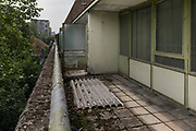 London, England, UK, May 31 2018 - Balconies left abandonned at Aylesbury Estate,  a housing estate in Walworth, South East London. <br /> Aylesbury  estate, once the largest estate in Europe, is currently undergoing a major regeneration programme by demolishing and replacing of the dwellings with modern houses controlled by a housing association. Some residents and activists still protest against the demolition and the gentrification of London.<br /> London is facing a major housing crisis, due to rising cost and under-supply.