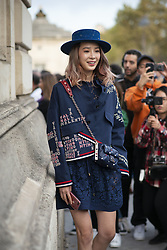October 1, 2018 - Paris, France - Valentino. - Streetstyle, ppl, People on street, Woman, Paris fashion week 2019 Women ready to wear for spring summer, Fruehling Sommer France. (Credit Image: © FashionPPS via ZUMA Wire)