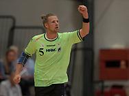 HÅNDBOLD: Dan Beck-Hansen (Nordsjælland) jubler efter en scoring under kampen i 888-Ligaen mellem Nordsjælland Håndbold og Århus Håndbold den 2. september 2017 i Helsinge Hallen. Foto: Claus Birch.
