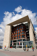 Public library Amsterdam (OBA) and went in the summer of 2007 to a new building on the Oosterdokseiland close the central station. This is the largest public library of Europe./////<br />