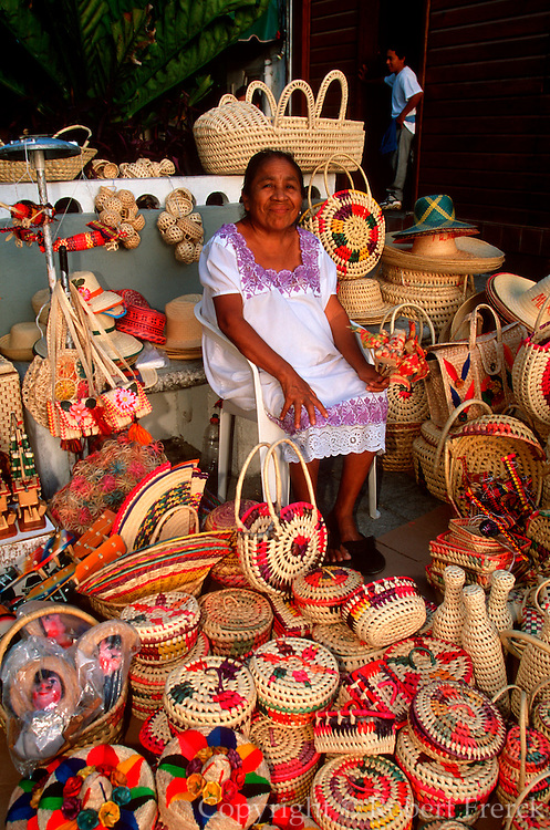 MEXICO, TOURISM Isla Cozumel; craft market