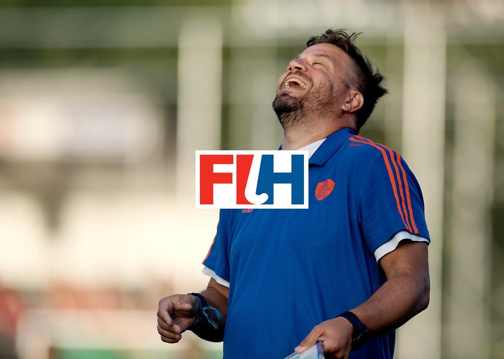 BREDA - Rabobank Hockey Champions Trophy<br /> The Netherlands - Pakistan<br /> Photo: Max Caldas Laughing.<br /> COPYRIGHT WORLDSPORTPICS FRANK UIJLENBROEK