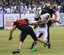 05.11.2016, Albert Schultz Halle, Wien, AUT, Arena Bowl 2016, Team White vs Team Black, im Bild Philipp Margreiter (Team Black, #36, Linebacker, Swarco Raiders) und  Dario Dobrolevski (Team White, #7, Wide Receiver, AFC Rangers Mödling) // during the Arena Bowl 2016 between Team White vs Team Black at the Albert Schultz Ice Arena, Vienna, Austria on 2016/11/05. EXPA Pictures © 2016, PhotoCredit: EXPA/ Thomas Haumer