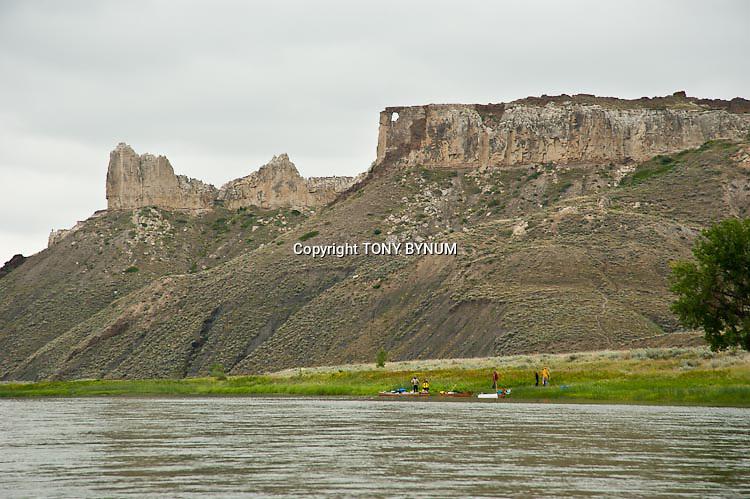 hole wall summer missouri river wild scenic river montana boaters, rafting missouri river monument