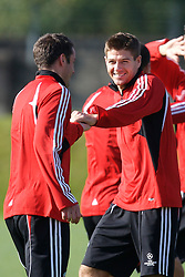 Liverpool, England - Tuesday, October 2, 2007: Liverpool's Steven Gerrard MBE and Jamie Carragher training at Melwood ahead of the UEFA Champions League Group A match against Olympique de Marseille. (Photo by David Rawcliffe/Propaganda)