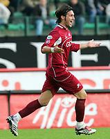 """L'esultanza di Rolando Bianchi dopo il gol dello 0-1 su rigore<br /> Rolando Bianchi (Reggina) celebrates after scoring first goal for Reggina<br /> Italian """"Serie A"""" 2006-07<br /> 12 November 2006 (Match Day 11)<br /> Siena-Reggina (0-1)<br /> """"Artemio Franchi"""" Stadium-Siena-Italy<br /> Photographer Luca Pagliaricci INSIDE"""