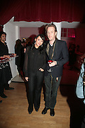 Martine McCutcheon and Rhys Ifans,  Whitechapel and Hogan present Art Pls Drama Party 2007. Whitechapel Gallery. London. 8 March 2007. -DO NOT ARCHIVE-© Copyright Photograph by Dafydd Jones. 248 Clapham Rd. London SW9 0PZ. Tel 0207 820 0771. www.dafjones.com.
