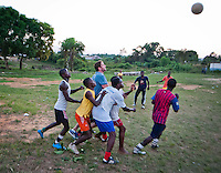 Picture by Chris Watt.  07887 554 193. <br /> <br /> Gerard Butler in Liberia