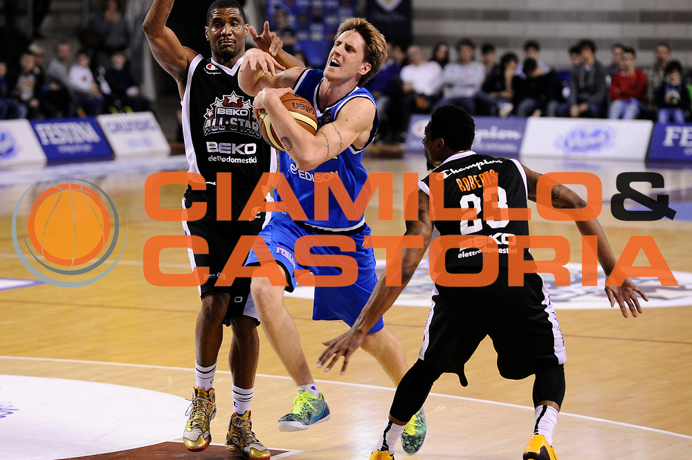 DESCRIZIONE : Ancona Beko All Star Game 2013-14 Beko All Star Team Italia Nazionale Maschile<br /> GIOCATORE : Achille Polonara<br /> CATEGORIA : penetrazione<br /> SQUADRA : All Star Team Italia Nazionale Maschile<br /> EVENTO : All Star Game 2013-14<br /> GARA : Italia All Star Team<br /> DATA : 13/04/2014<br /> SPORT : Pallacanestro<br /> AUTORE : Agenzia Ciamillo-Castoria/M.Marchi<br /> Galleria : FIP Nazionali 2014<br /> Fotonotizia : Ancona Beko All Star Game 2013-14 Beko All Star Team Italia Nazionale Maschile<br /> Predefinita :