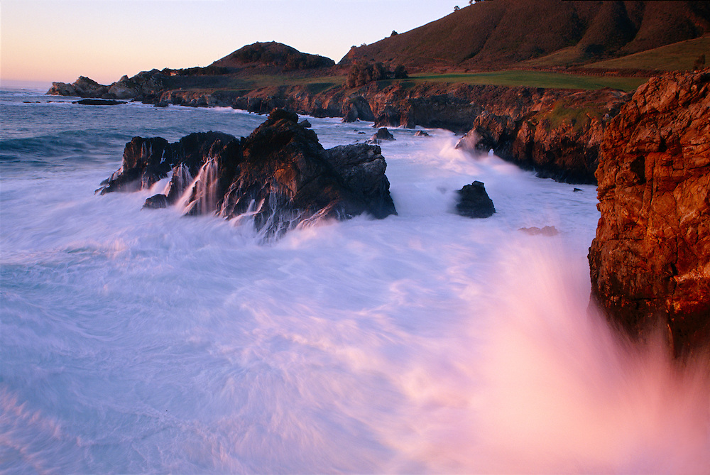 Sunset over the Pacific Ocean in Big Sur, California.