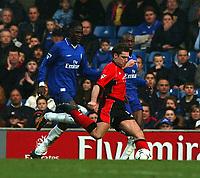 Photo. Javier Garcia<br />22/02/2003 Chelsea v Blackburn, FA Barclaycard Premiership, Stamford Bridge<br />David Dunn shoots as Mario Melchiot , left and William Gallas look on, and makes it 2-0 to Blackburn