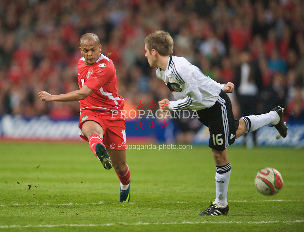 CARDIFF, WALES - Wednesday, April 1, 2009: Wales' Robert Earnshaw in action against Germany during the 2010 FIFA World Cup Qualifying Group 4 match at the Millennium Stadium. (Pic by David Rawcliffe/Propaganda)