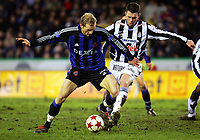 BRUGGE 15/01/2005 SPORT FOOTBALL VOETBAL / CLUB BRUGGE BRUGES - RCSC CHARLEROI /<br /> RUNE LANGE - THIERRY SIQUET /<br /> / PHOTO : Digitalsport