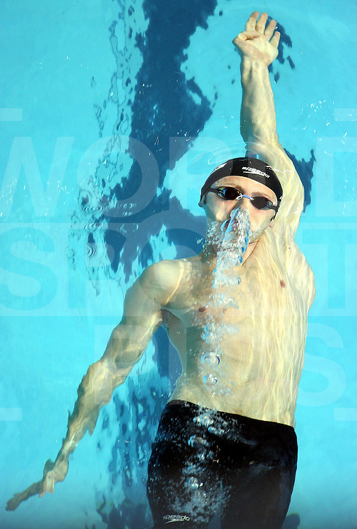 12th Fina World Swimming Championships Melbourne, 2007, 29th March. Razvan Florea (ROU) in the 200m backstroke Semi Final..fotografie: frank uijlenbroek©2007Grant Treeby ..