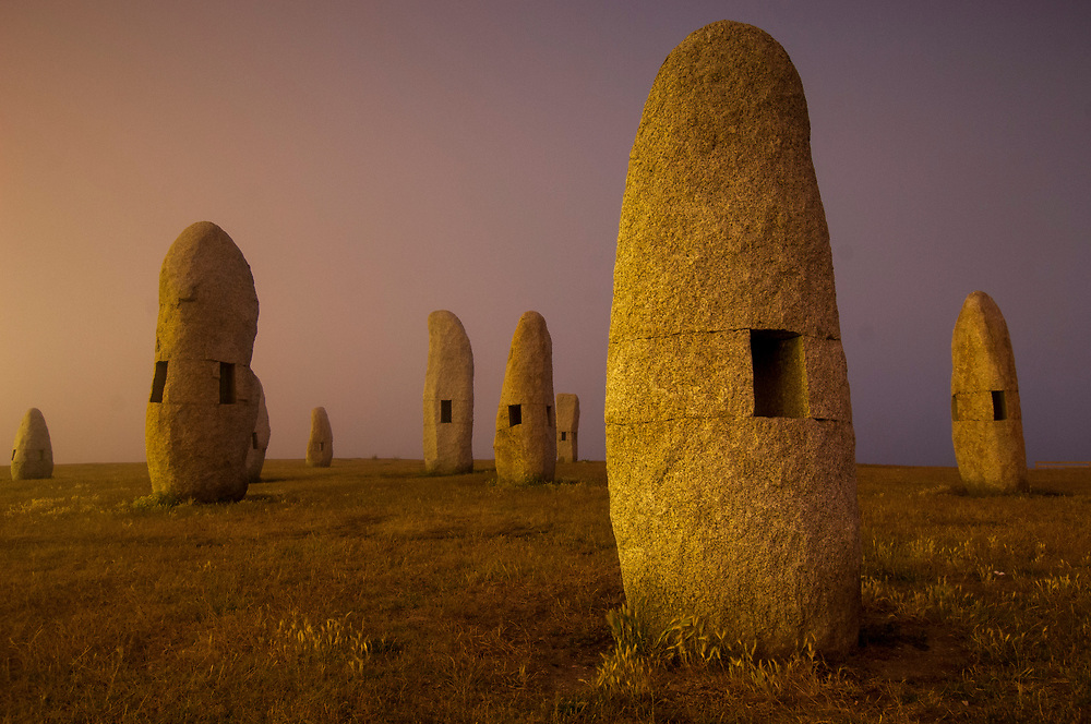 Familia de Menhires by Manolo Paz (1994) is a postmodern set of standing stones in a prominent seaside park in A Coruna.