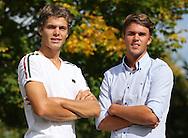 Tennis Profi Peter Heller und Sascha Bilek (beide GER), Portrait,Halbkoerper,Querformat,privat